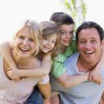 Μπορούμε να είμαστε φίλοι με τα παιδιά μας;