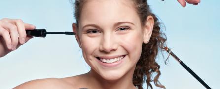 Μακιγιάζ στην εφηβεία