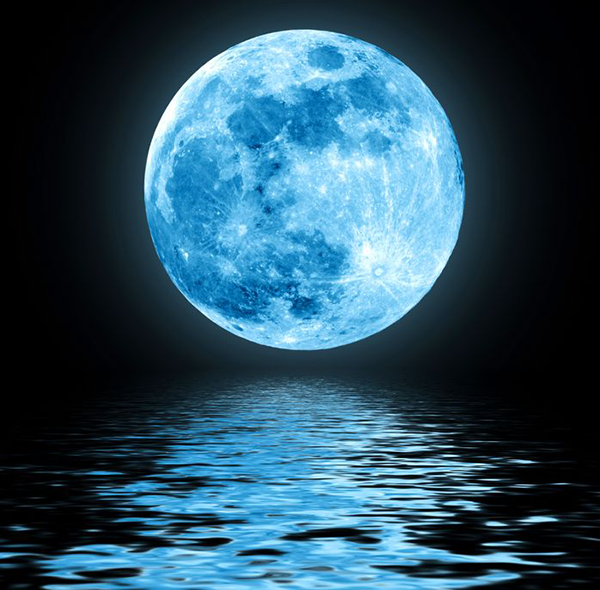 Blue-Moon-over-water