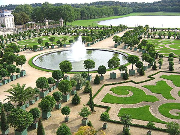 Oikogeneiakos-Parisi-mouseio-Orangerie