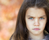Δέκα τρόπους να ηρεμήσεις ένα θυμωμένο παιδί.