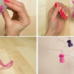 Do It Yourself: φτιάχνουμε μικρά και πολύχρωμα καπελάκια, ιδανικά για το χριστουγεννιάτικο δέντρο μας!