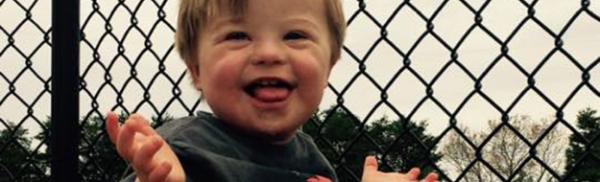 Video: η πιο όμορφη αλφαβήτα από έναν πιτσιρικά όλο γλύκα